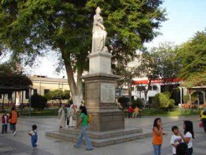 plaza_de_armas_de_piura_03